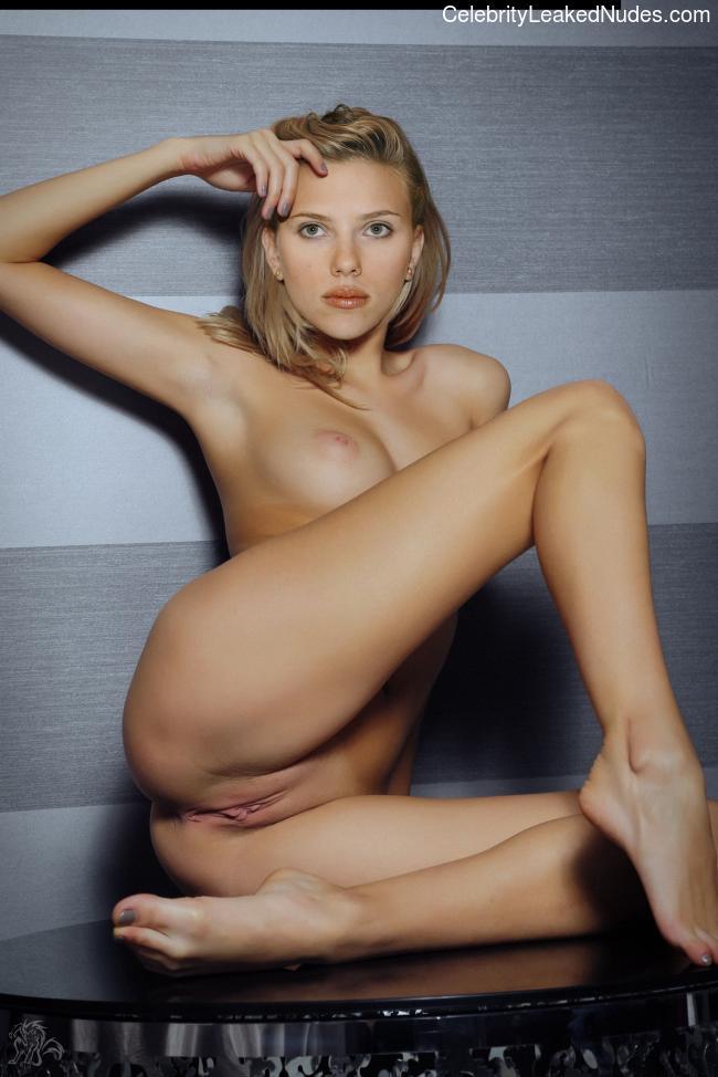 Crazy wife nudes pics