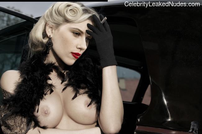 nude celebrities Scarlett Johansson 13 pic