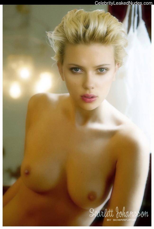 Free Nude Celeb Scarlett Johansson 7 pic
