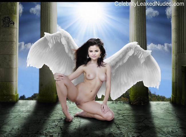 Nude Celebrity Picture Selena Gomez 8 pic
