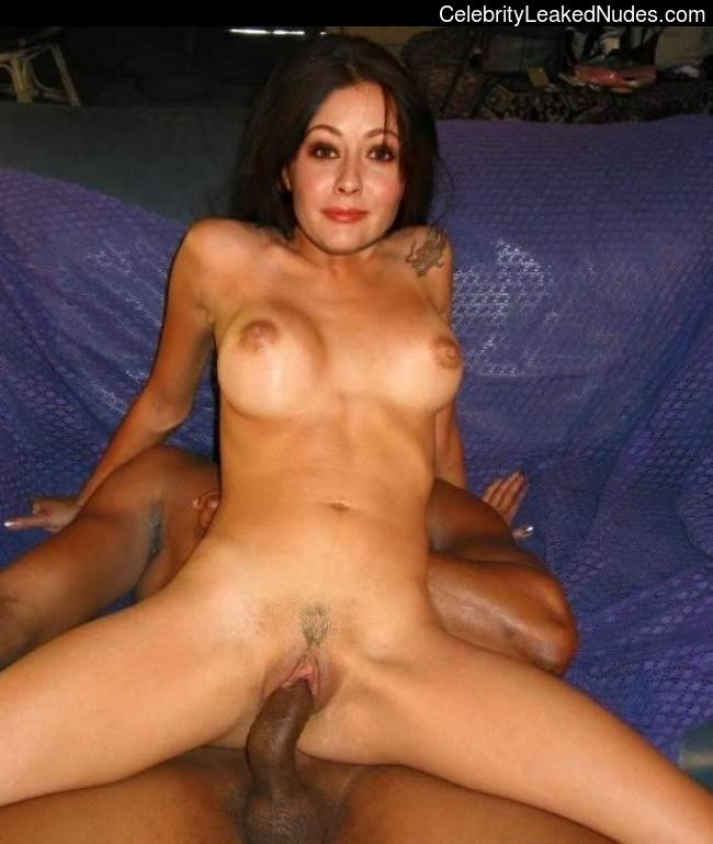 Best Celebrity Nude Shannen Doherty 7 pic