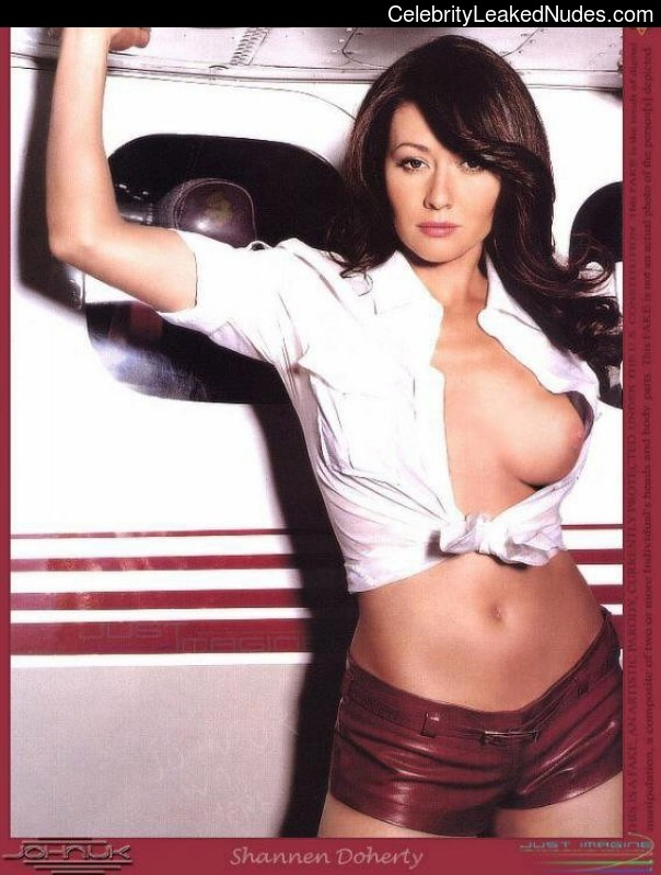 Best Celebrity Nude Shannen Doherty 23 pic