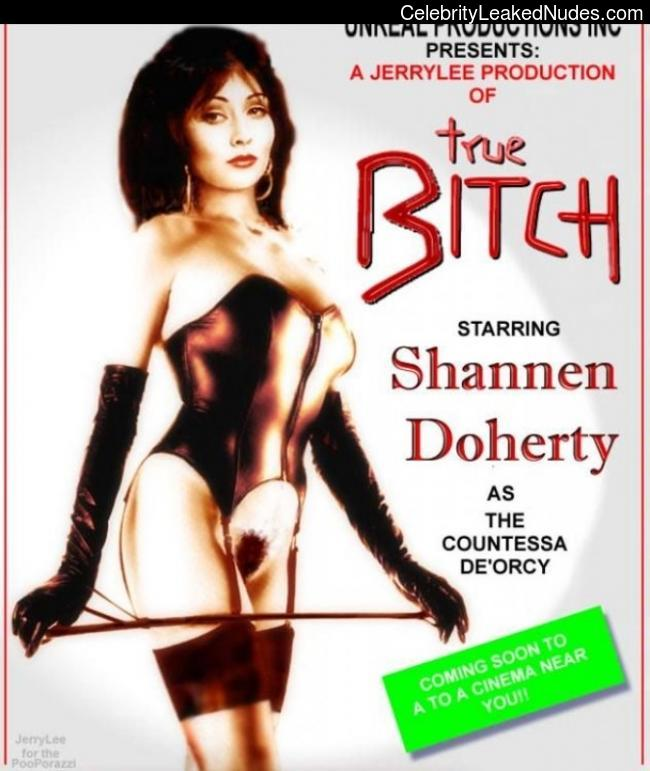 Hot Naked Celeb Shannen Doherty 9 pic