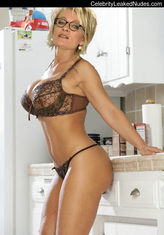 Celebrity Naked Sophie Davant 13 pic