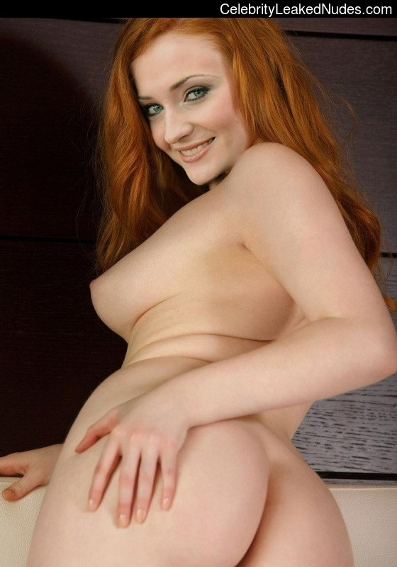 Nude Celebrity Picture Sophie Turner 27 pic