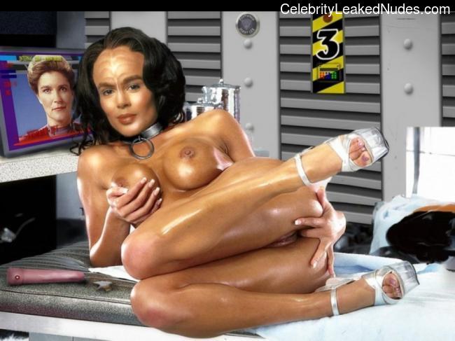 Free nude Celebrity Star Trek 30 pic