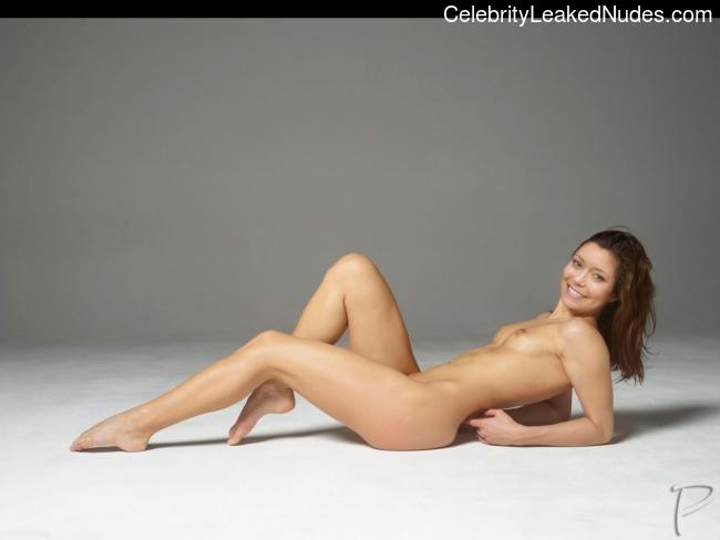 Naked Celebrity Pic Summer Glau 9 pic