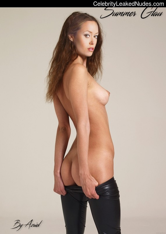 Celeb Nude Summer Glau 13 pic