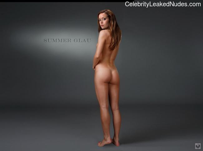 Celeb Nude Summer Glau 28 pic