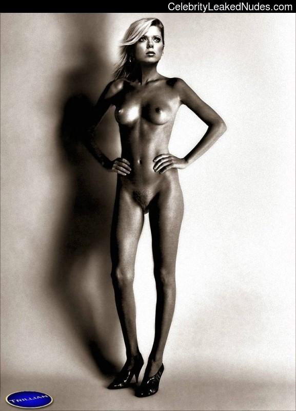 nude celebrities Tara Reid 16 pic