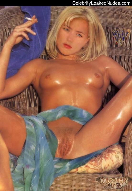 Curvy nude model pics
