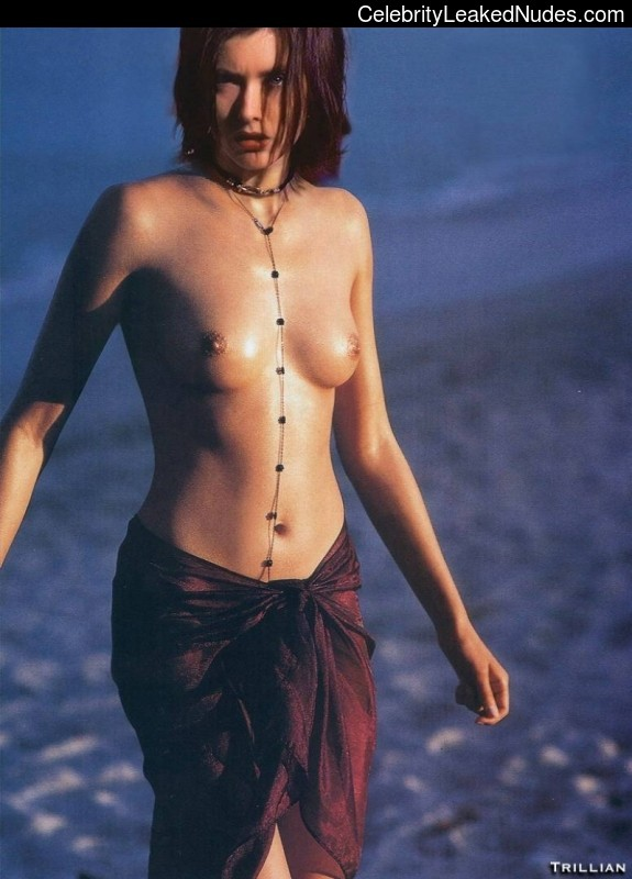 Tits but tea leoni nude have