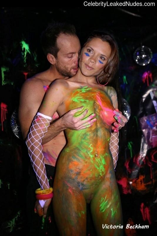 Free Nude Celeb Victoria Beckham 2 pic