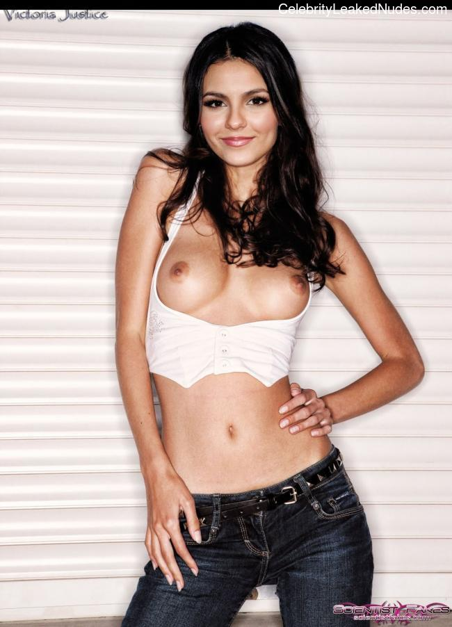 Real Celebrity Nude Victoria Justice 5 pic