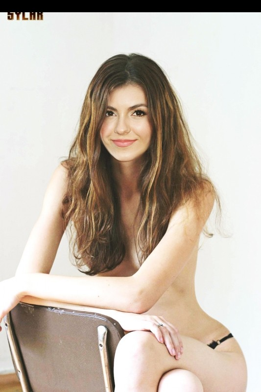 Best Celebrity Nude Victoria Justice 1 pic