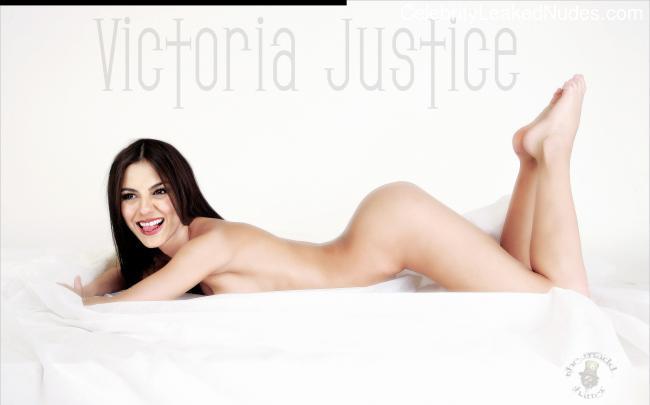 Victoria Justice nude celebs