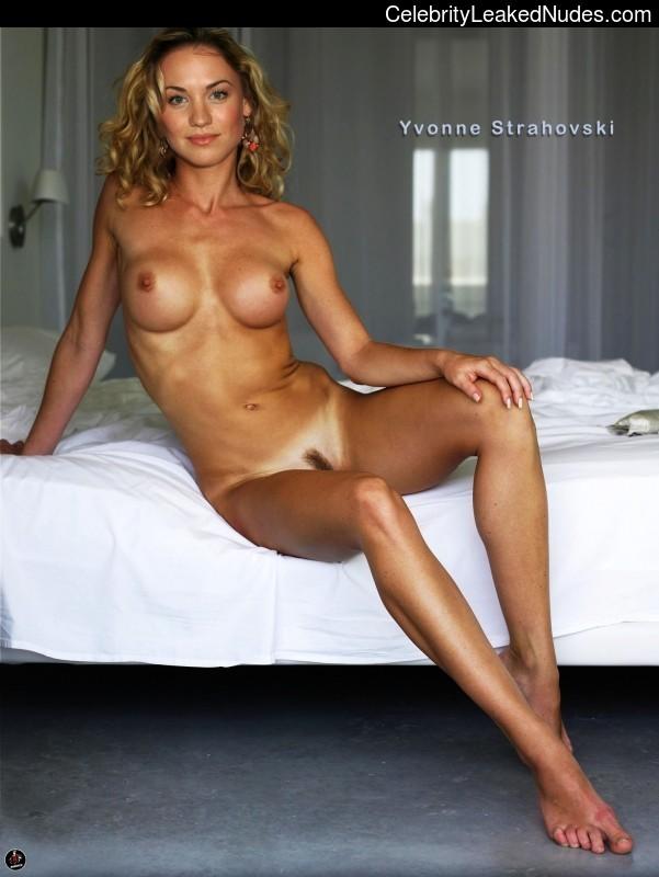Yvonne Strahovski Fake Nude 92
