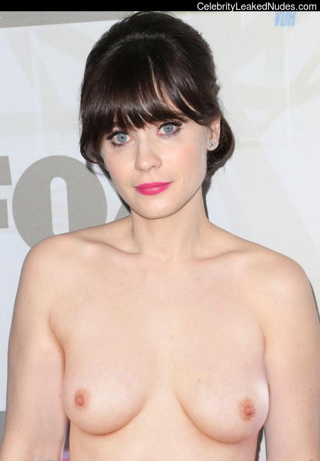 Nude Celeb Pic Zooey Deschanel 9 pic
