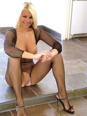 Free Nude Celeb Adriana Tuchyna 9 pic