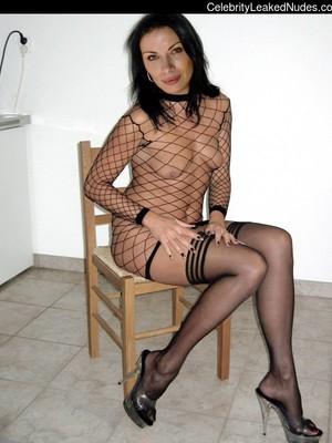 Alison King  nackt
