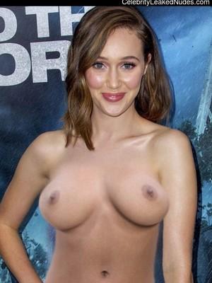 Alycia Debnam Carey naked celebrities