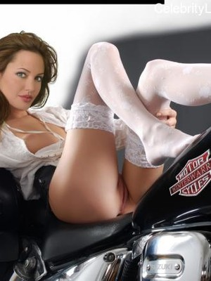 Naked Celebrity Pic Angelina Jolie 6 pic
