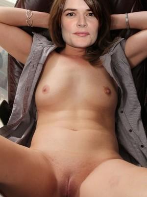 Brandt  nackt Betsy Omapass Ältere