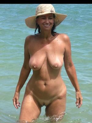 Carole Middleton free nude celebs