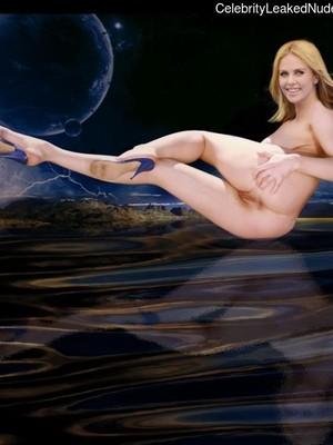 Free Nude Celeb Charlize Theron 12 pic