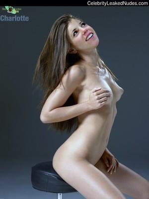Charlotte kalla naken
