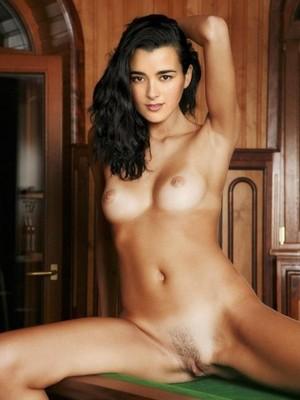 Cote de pablo naked