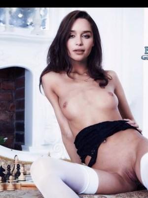 Emilia Fox  nackt