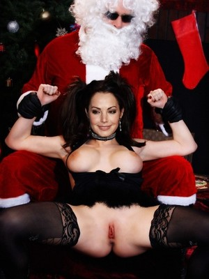 Erica Durance naked celebrities