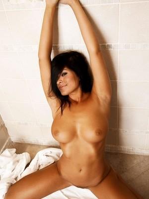 Eva Mendes naked celebritys