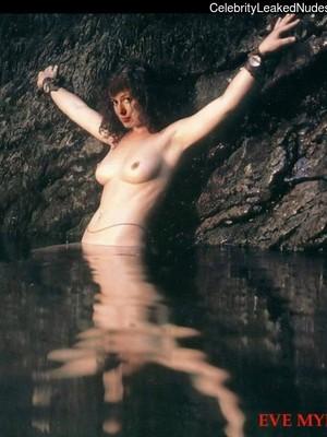 Eve Myles  nackt