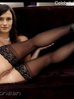 Topless famke janssen Famke Janssen: