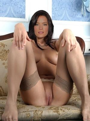 Holden  nackt Gina Gina Torres