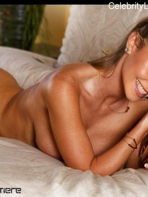 Celeb Nude Hayden Panettiere 5 pic