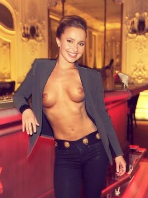 celeb nude Hayden Panettiere 18 pic