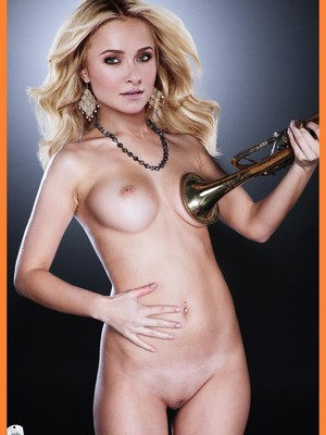 Newest Celebrity Nude Hayden Panettiere 26 pic