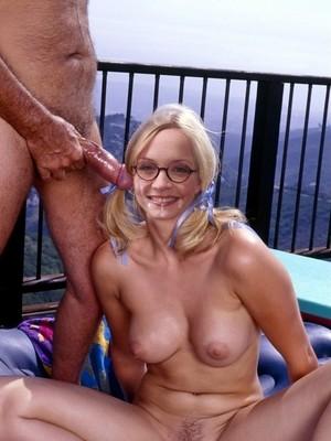 Janin Reinhardt  nackt