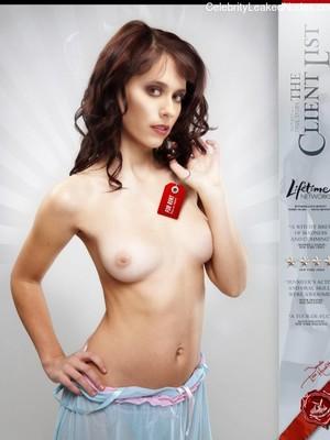 Free nude Celebrity Jennifer Love Hewitt 18 pic