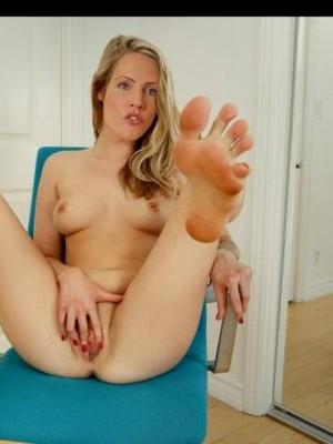 Judith Rakers Nude