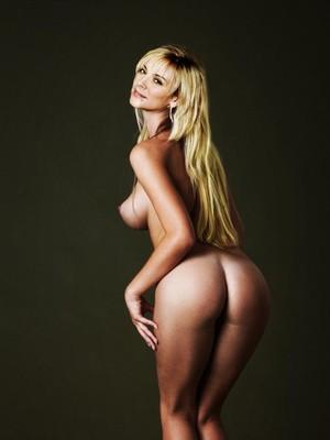 Kim catrall nude