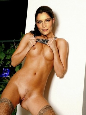 Naked Celebrity Laetitia Casta 4 pic