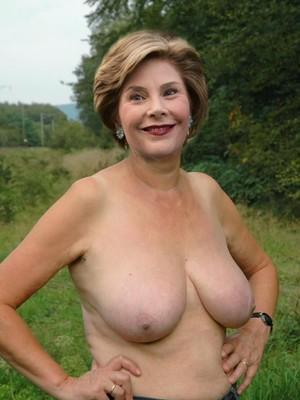 Nude Celeb Laura Bush 1 pic