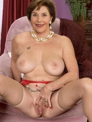 Nude Celeb Laura Bush 2 pic