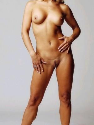 Free Nude Celeb Laura Linney 3 pic
