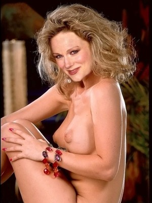 Naked Celebrity Pic Laura Linney 5 pic