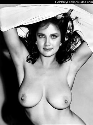 Carter nackt Lynda  Lynda Carter